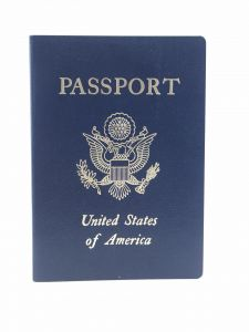 US dual citizenship holders must enter on their US passport to the USA