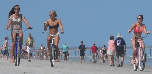 biking sunshine girls